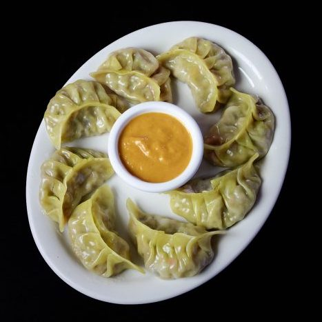 Vegetable Momo (8 Pcs)
